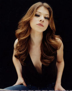 buffy, a caça-vampiros wallpaper with a portrait entitled Michelle Trachtenberg