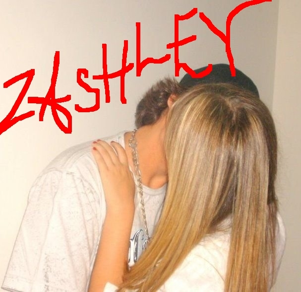 OMG ZAC EFRON MAKING OUT WITH ASHLEY TISDALE NO LIE