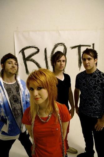 Paramore RIOT 2007