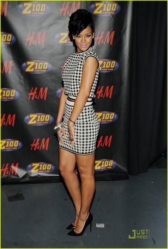 Rihanna wallpaper possibly containing a sign called Rihanna @ Z100's Jingle Ball 2008