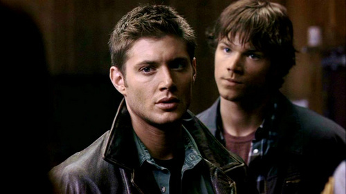 The Winchesters پیپر وال called Sam and Dean (S1)