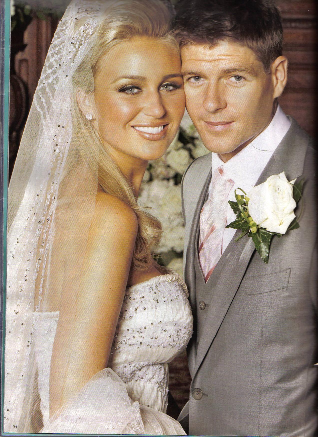 WAGs Steven Gerrard s weedingSteven Gerrard Wife