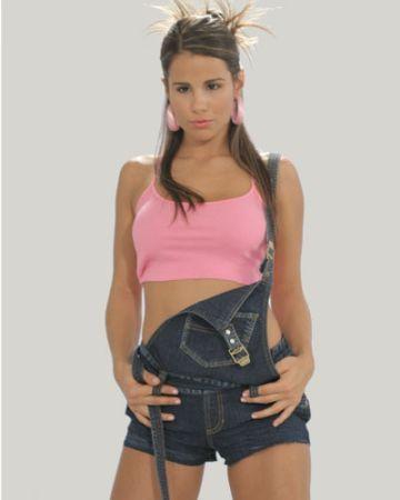 http://images2.fanpop.com/images/photos/3000000/Vanessa-sin-senos-no-hay-paraiso-3035915-360-450.jpg