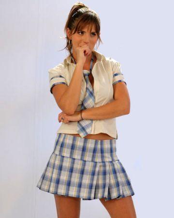 http://images2.fanpop.com/images/photos/3000000/Yessica-sin-senos-no-hay-paraiso-3035891-360-450.jpg