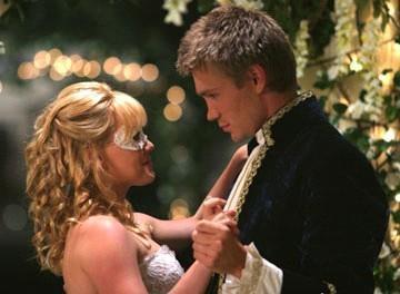 http://images2.fanpop.com/images/photos/3100000/A-Cinderella-Story-a-cinderella-story-3111980-360-264.jpg