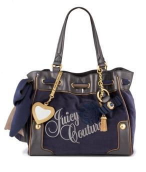 Handbags Hintergrund with a shoulder bag titled Bags