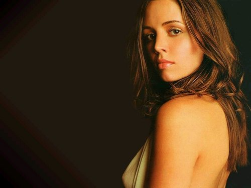 Buffy the Vampire Slayer wallpaper with attractiveness and a portrait entitled Eliza Dushku