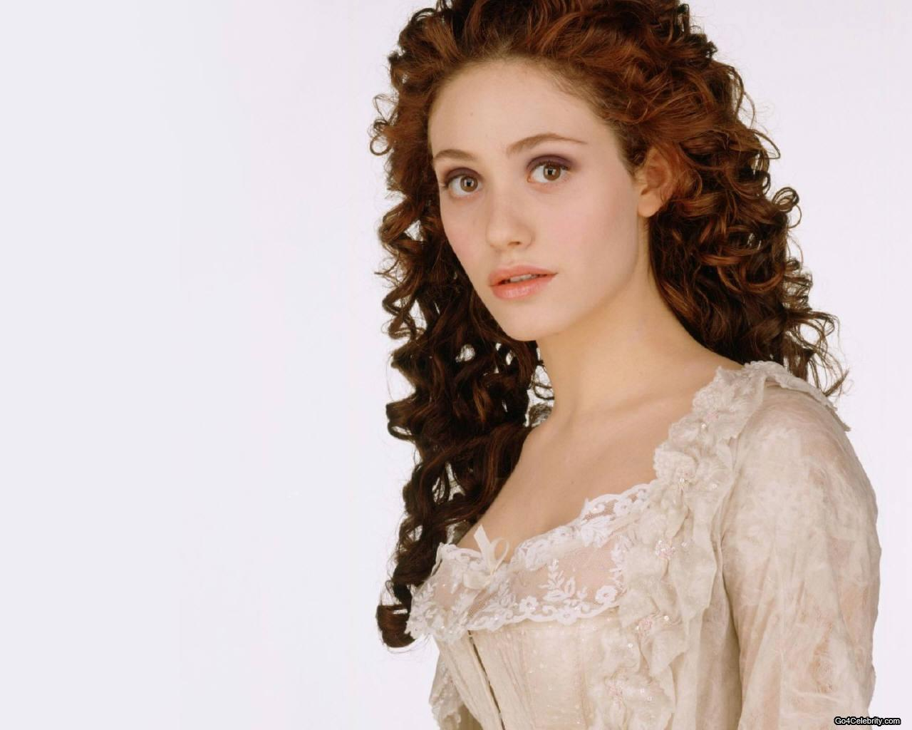 Emmy wallpaper - Emmy Rossum Wallpaper (3159620) - Fanpop Emmy Rossum Wallpaper