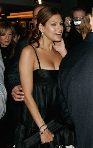Eva at the Paris premiere of 'Live'
