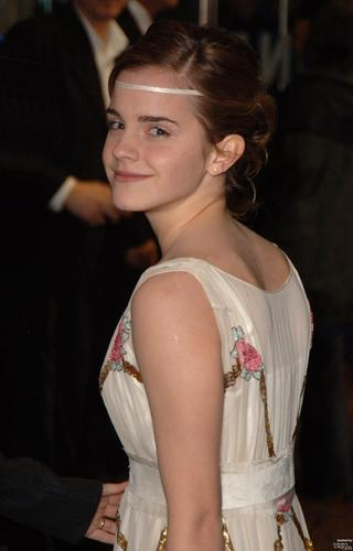 Goblet of apoy UK Premiere 2005