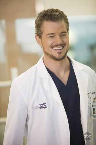 Grey's Anatomy پیپر وال titled Happy Mark~