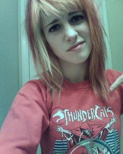 hayley williams paramore riot. Hayley Williams