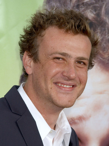 Jason Segel wallpaper containing a business suit and a suit titled Jason