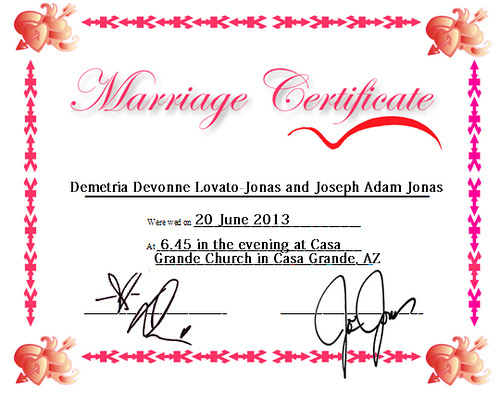 Jemi Hintergrund entitled Jemi [fake] Marriage Certificate