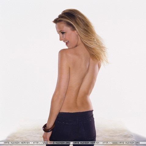 Kate Hudson wallpaper containing skin titled Kate
