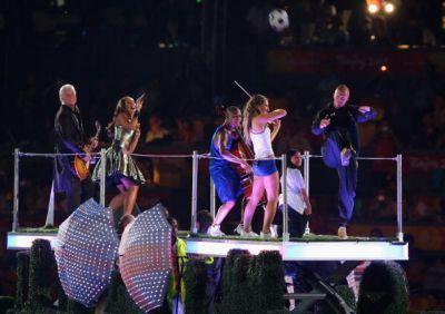 Leona @ 2008 Beijing Olympics Closing Ceremony