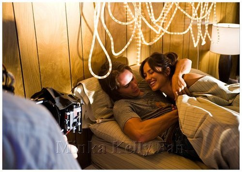 Minka behind the scenes of FNL