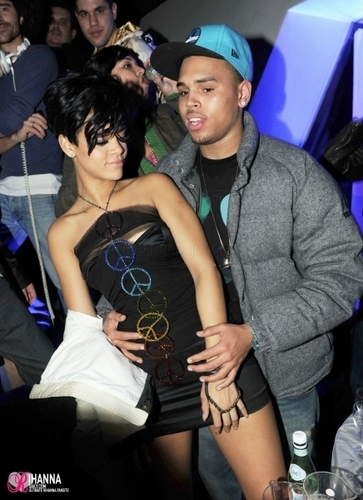 Rihanna & Chris