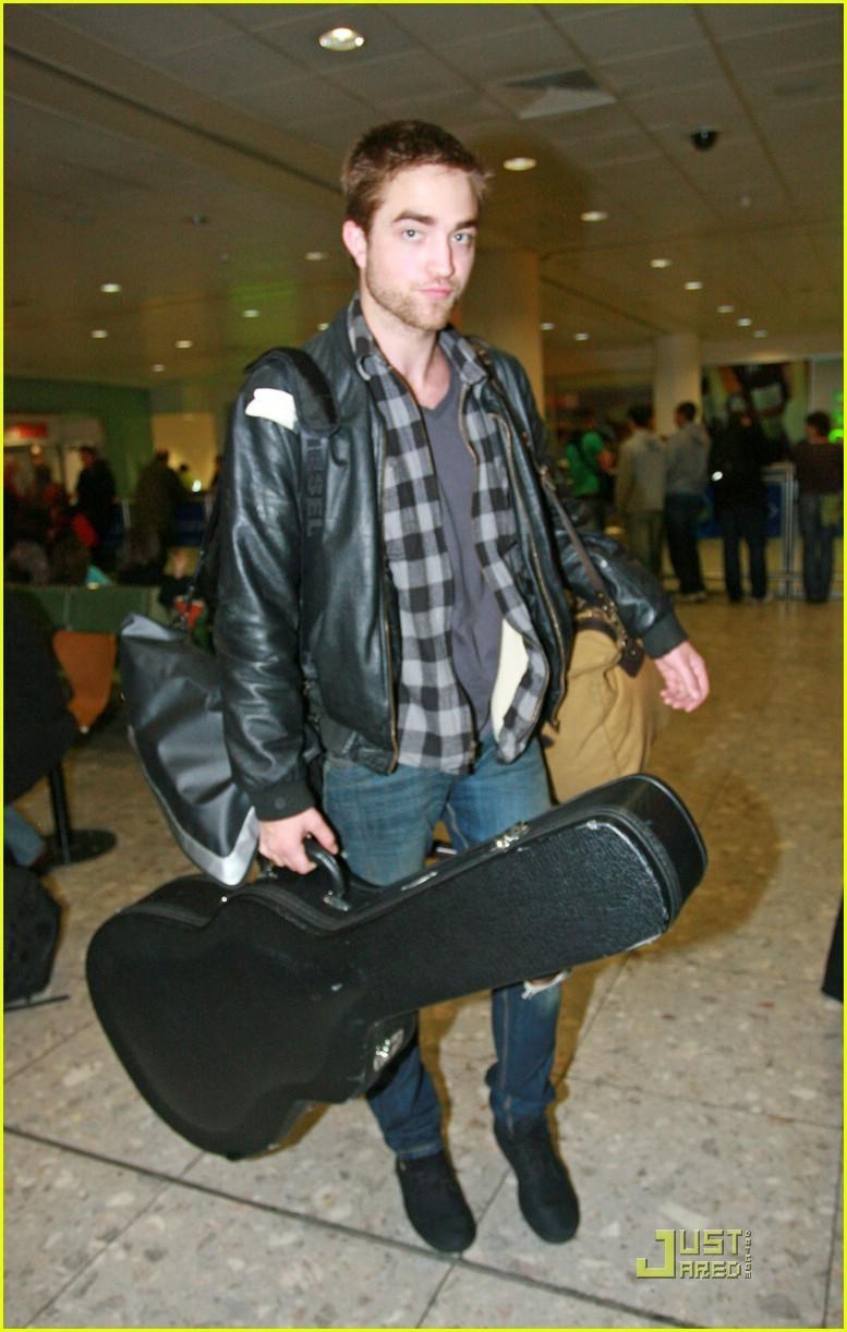 Rob back in 런던