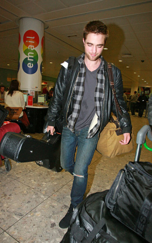 Rob back in Londra