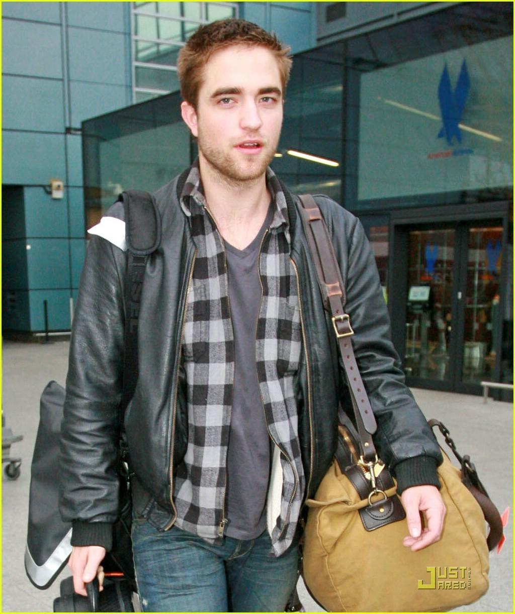 Rob back in লন্ডন