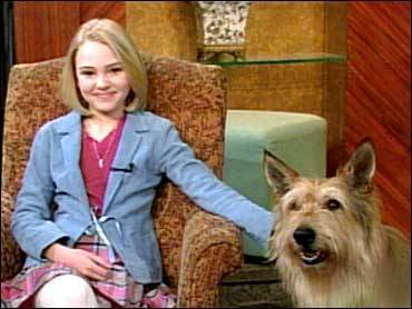 The Early Show 2005 - annasophia-robb Screencap