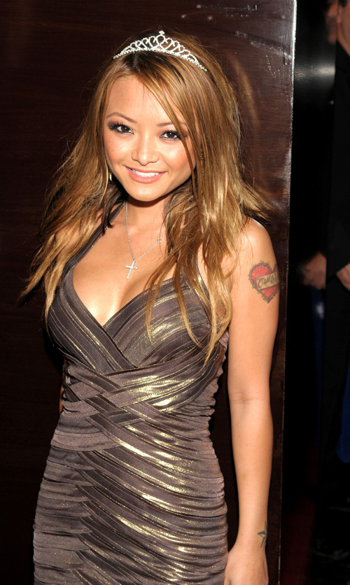 http://images2.fanpop.com/images/photos/3100000/Tila-tila-tequila-3161106-500-836.jpg