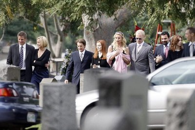 Whos Dead? - desperate-housewives Photo