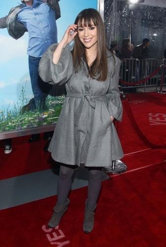 alyssa at the movie premiere Yes man
