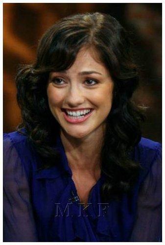 02-06-08: Minka Kelly Visits CW11 Morning Show