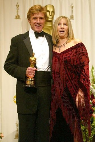 Barbra Streisand 바탕화면 probably with a business suit called Barbra&Robert Redford