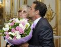 Barbra Streisand in Paris with French president Nicolas Sarkozy
