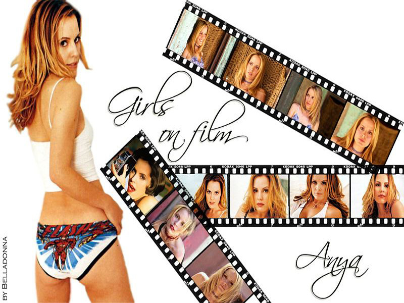 http://images2.fanpop.com/images/photos/3200000/Emma-Caulfield-emma-caulfield-3253030-800-600.jpg