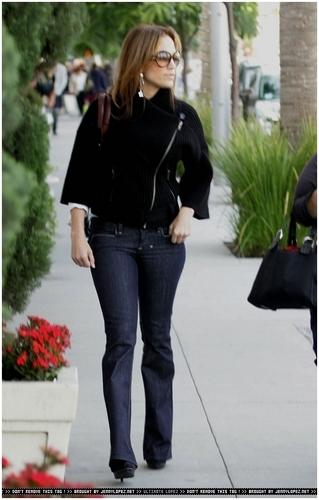 Jennifer shopping