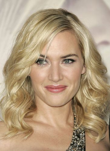 Kate at Revolutionary Road Premiere 12.15.2008 - kate-winslet Photo
