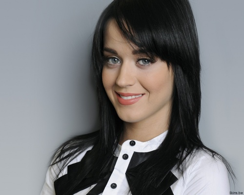 Katy Perry wallpaper containing a portrait entitled Katy