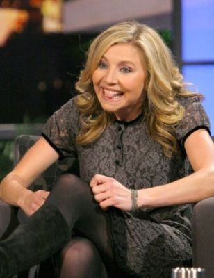 Sarah Chalke wallpaper containing a portrait entitled Last Call With Carson Daily