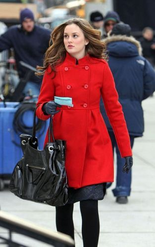 Leighton on set!