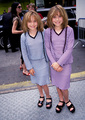 Mary-Kate & Ashley Olsen - stars-childhood-pictures photo