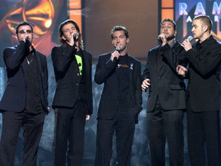 NSYNC achtergrond with a business suit and a suit called NSYNC