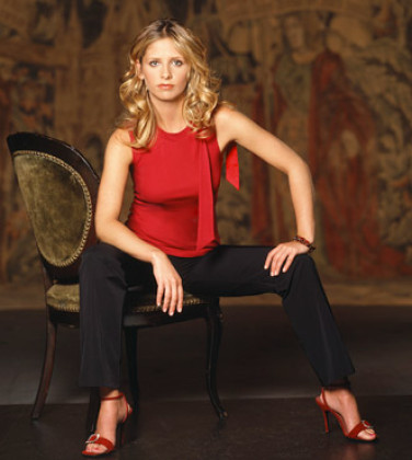 Buffy the Vampire Slayer wallpaper titled Sarah Michelle Gellar