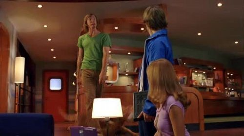 Scooby-Doo hình nền containing a brasserie, a restaurant, and a bistro titled Scooby-Doo 2 Movie Screencaps