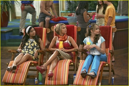 The Suite Life on Deck Still