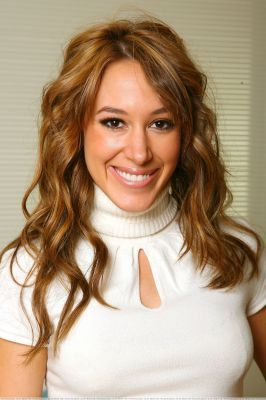 Haylie Duff wallpaper with a portrait entitled haylie