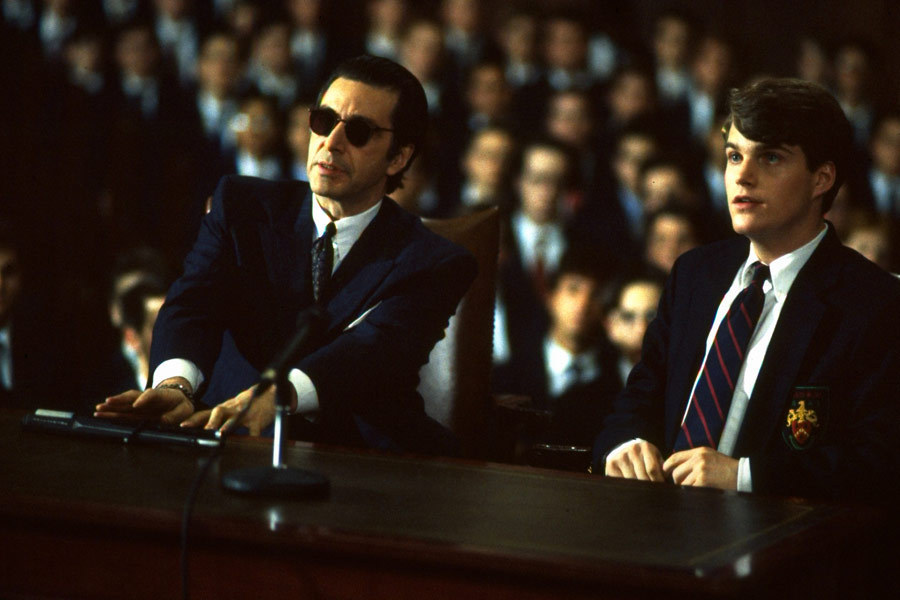 Al Pacino as Lieutenant Colonel Frank Slade, Chris O'Donnell as Charlie Simms