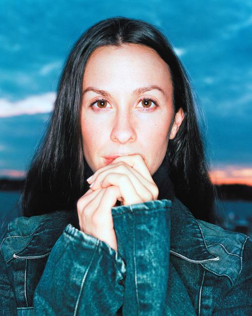 Alanis Morissette - Photo Colection