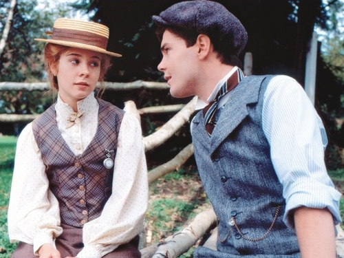 Anne of Green Gables پیپر وال titled Anne & Gilbert