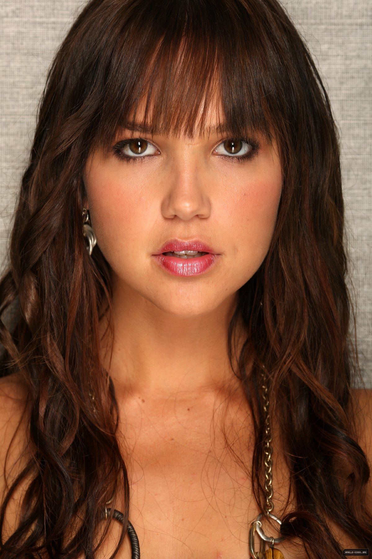 Arielle Kebbel - Picture Colection