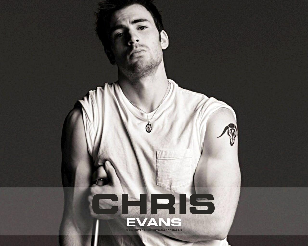 chris chris evans wallpaper 3325062 fanpop