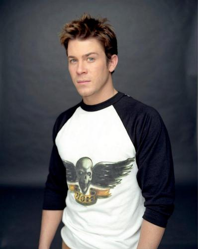Christian Kane kertas dinding probably with a jersey entitled Christian Kane